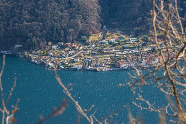 Die Aussicht auf ein Dorf