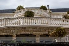 Die Terrassen von einem prunkvollen Haus in Meggen